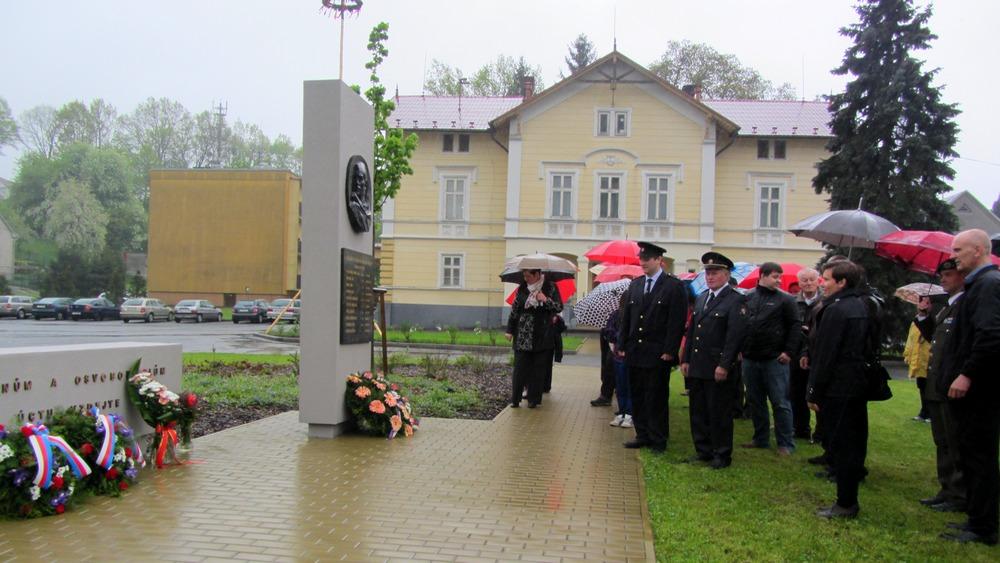 Obec Tichá - Uctění památky obětí 2. světové války v Tiché