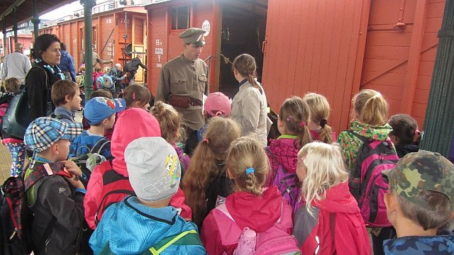 Školáci odjeli do Ostravy k Legiovlaku